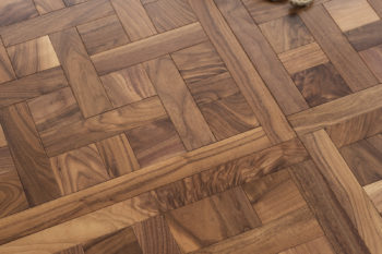 cheverny_american-walnut_traditional_v